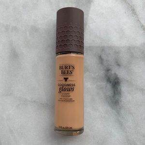 Burt's Bees Goodness Glows Foundation in Rich Cara